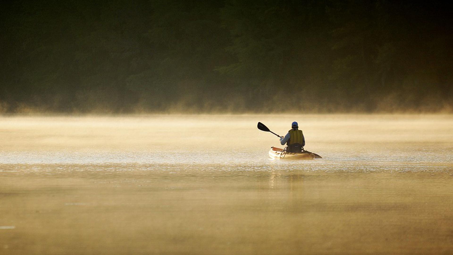 Kayaking on lake Austin